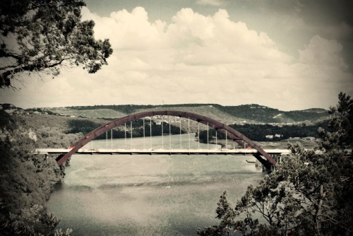 Photo of a bridge in Austin, TX